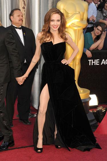 Angelina-Jolie-oscar-2012-lgn