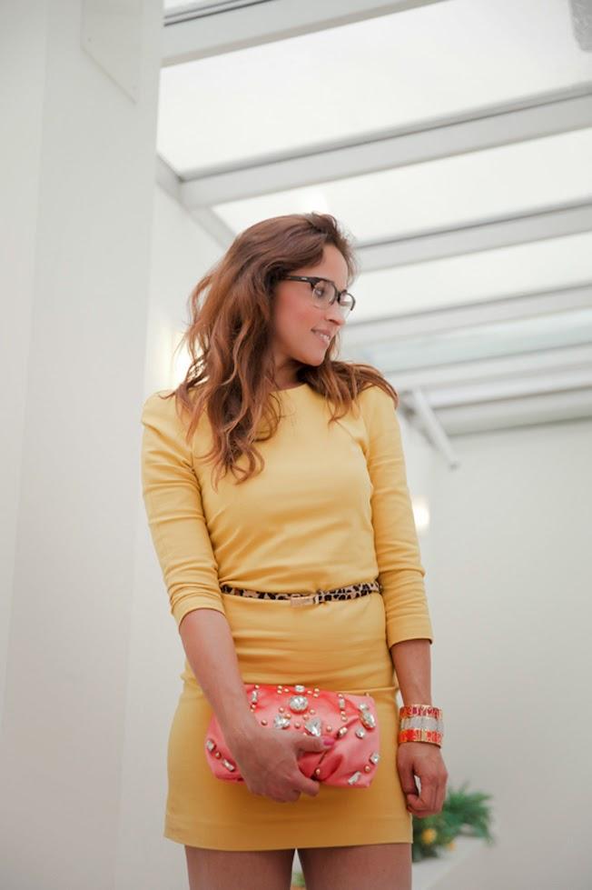 abbinare-vestito-giallo