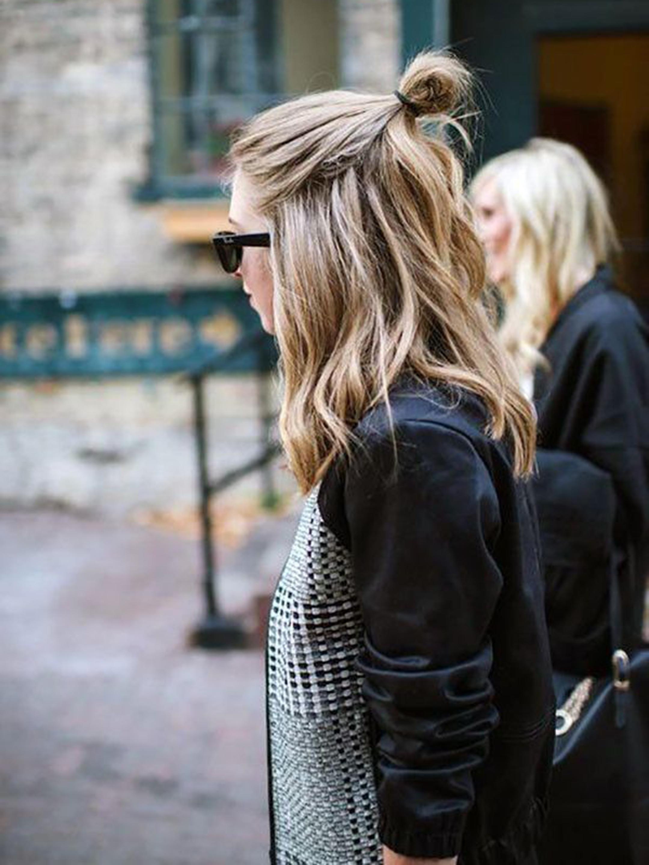 alessia-canella-halfbun-capelli-tendenza-hair-trend-olsen-tendenze