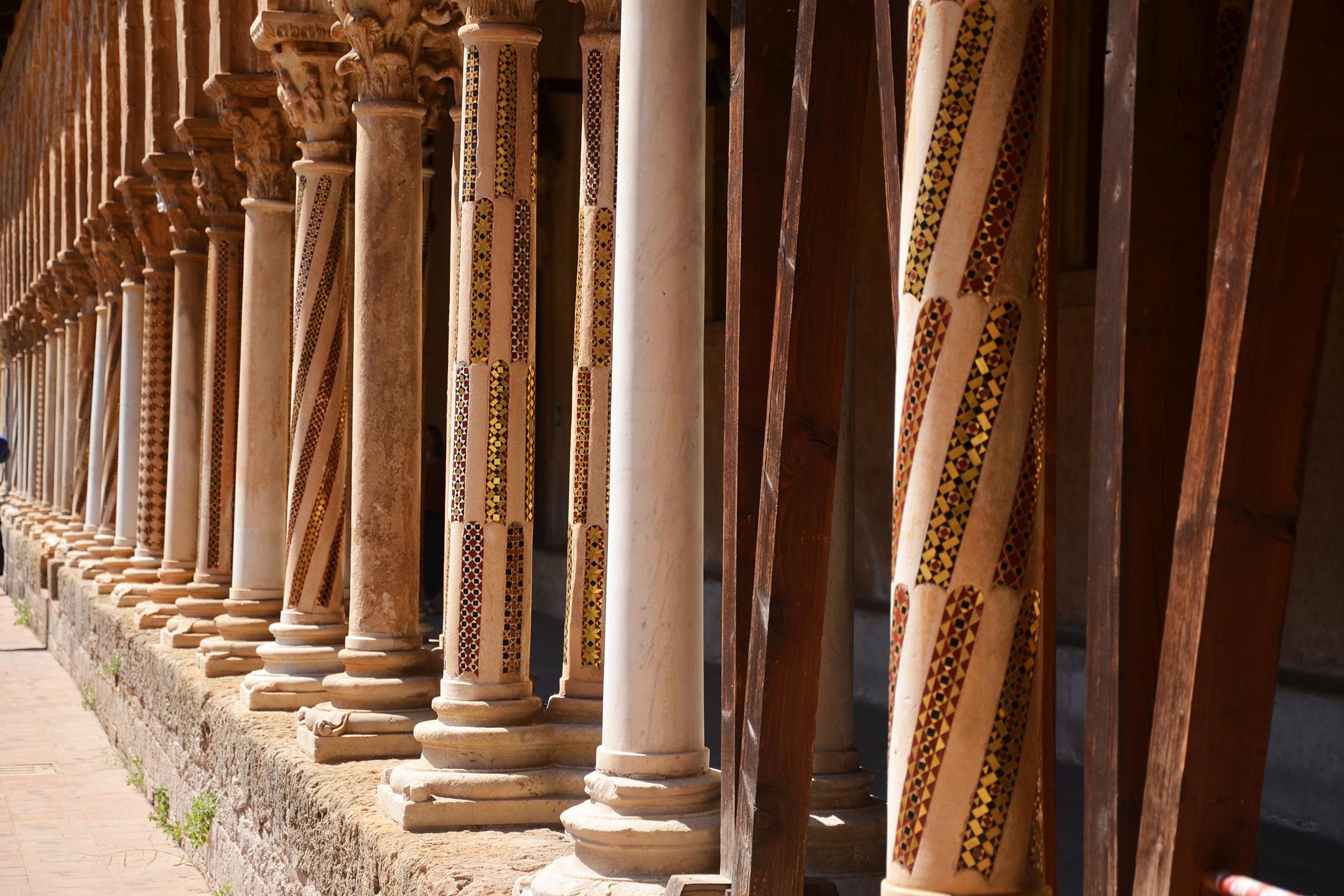 alessia-canella-sicilia-monreale-cattedrale-colonne-chiesa