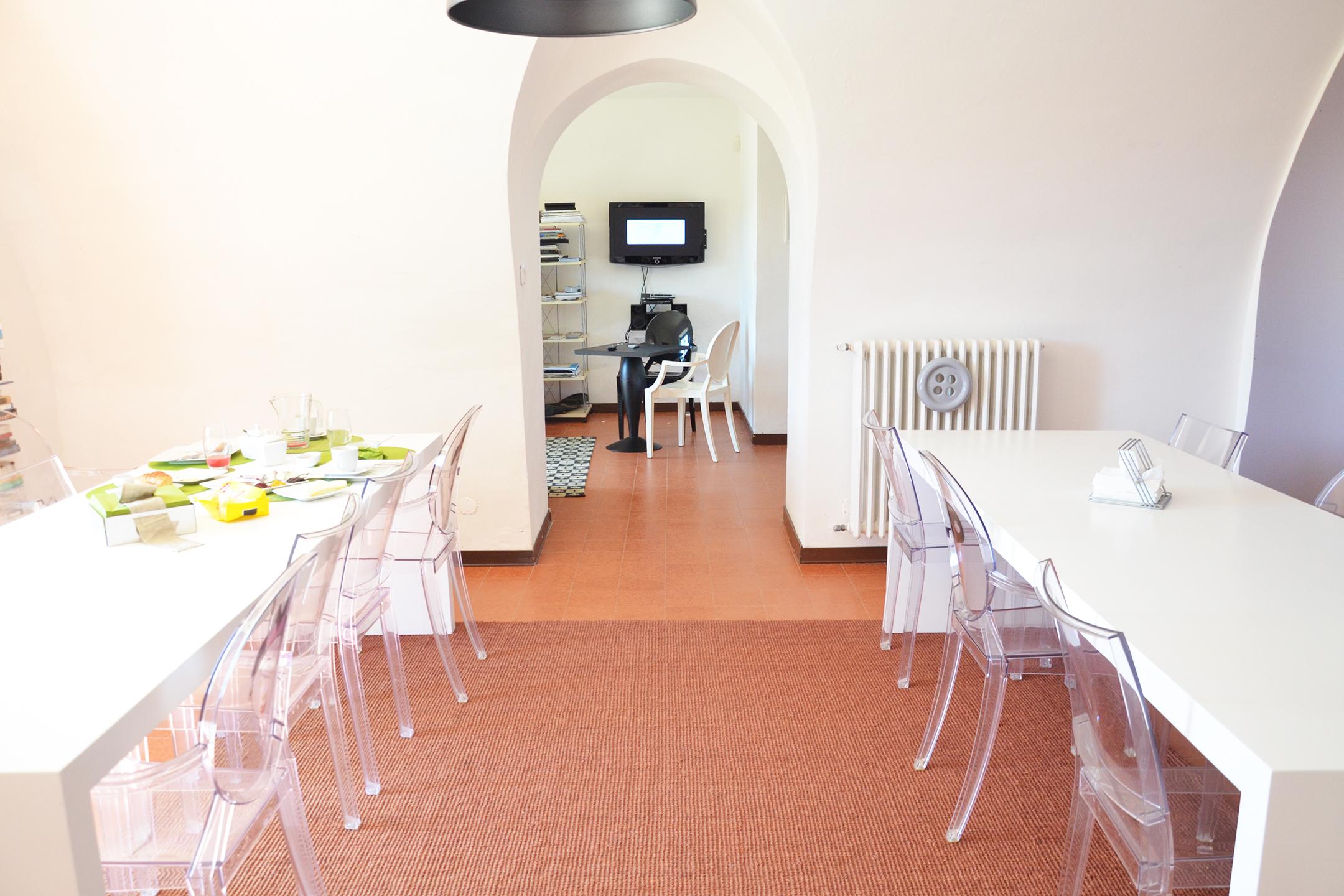 bed-and-breakfast-sicilia-alessia-canella-B&B-giardino-siciliano-sicily-trip-flowers-colazione