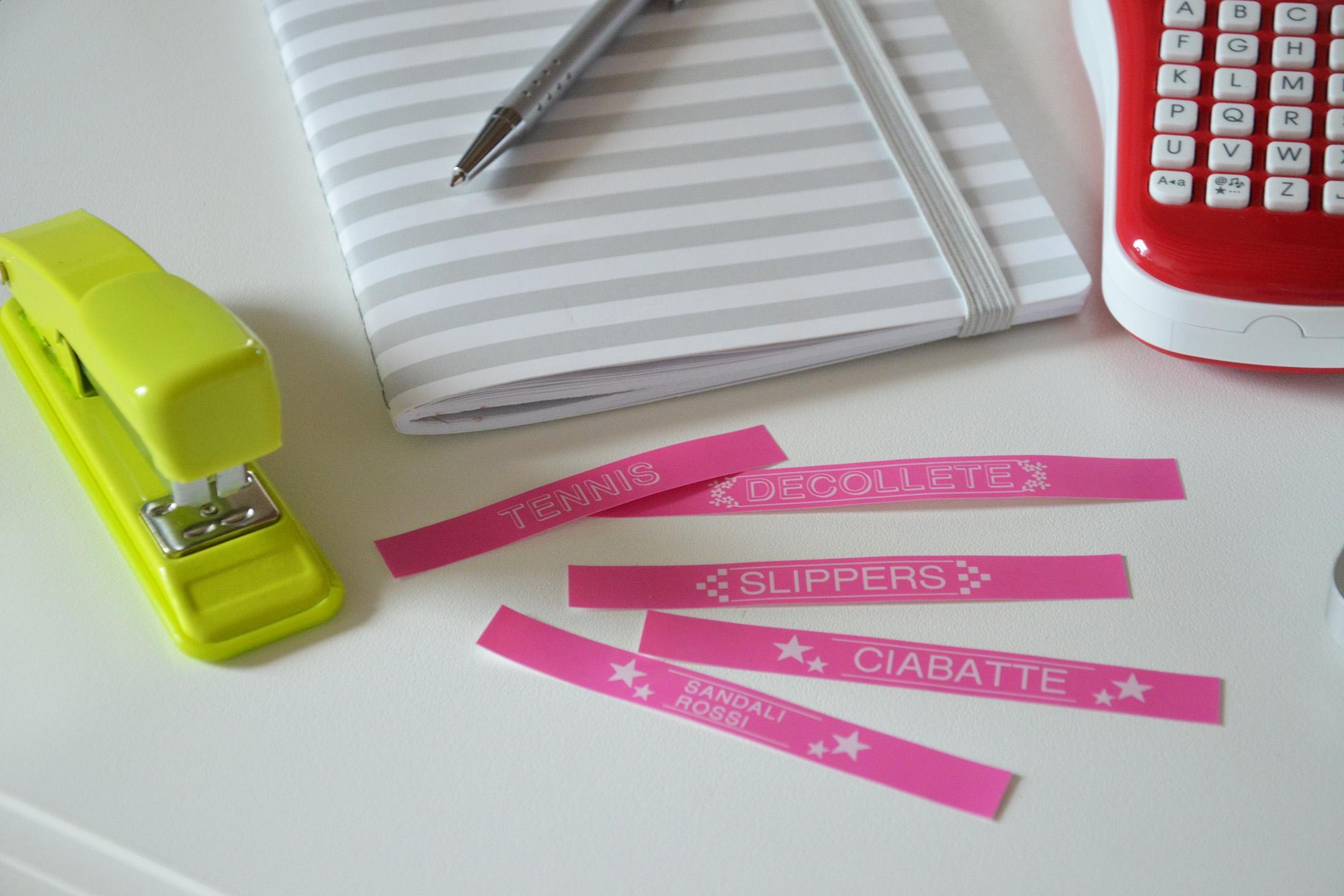 brother-etichette-alessia-canella-etichettatrice-etichettare-armadio-work-station-organizzazione