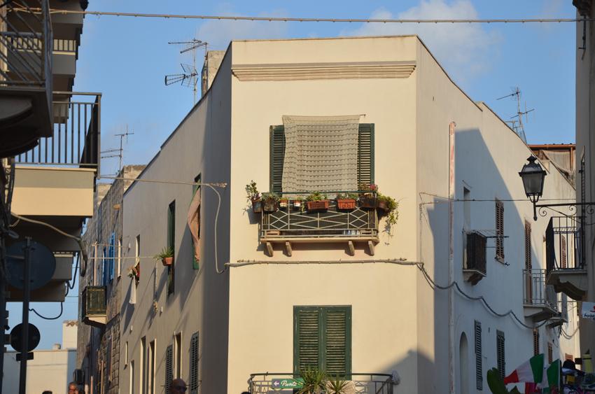 centro-storico-favgnana-sicilia