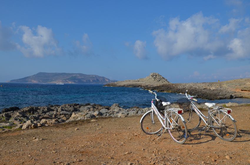 visitare-favignana-bicicletta