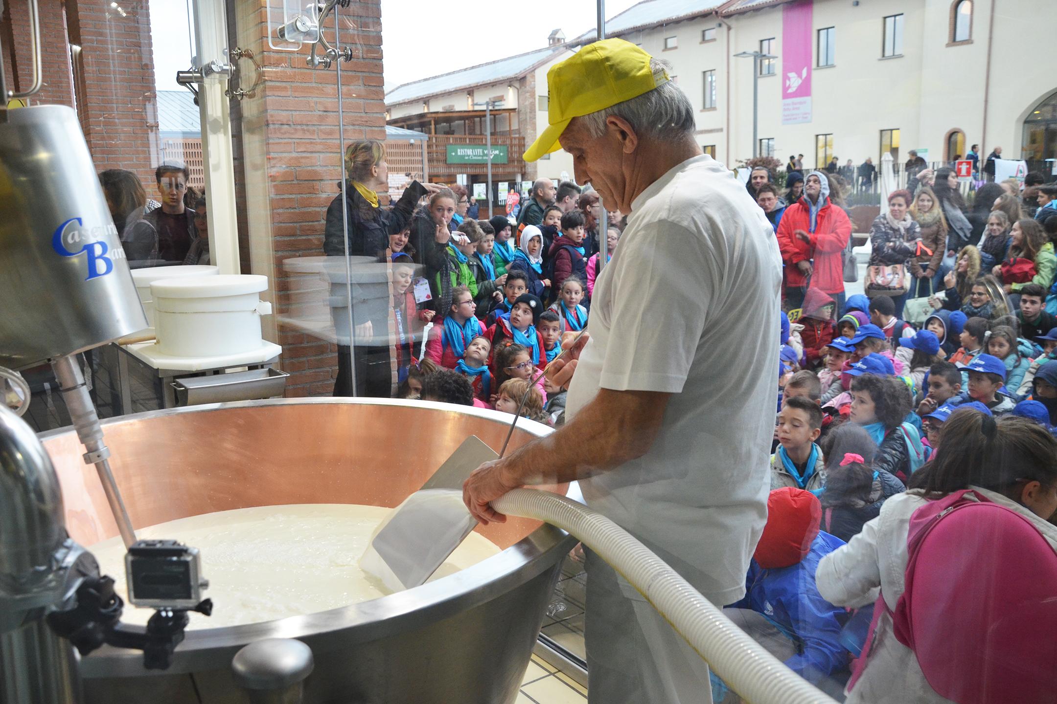 grana-padano-expo-italian-cheese