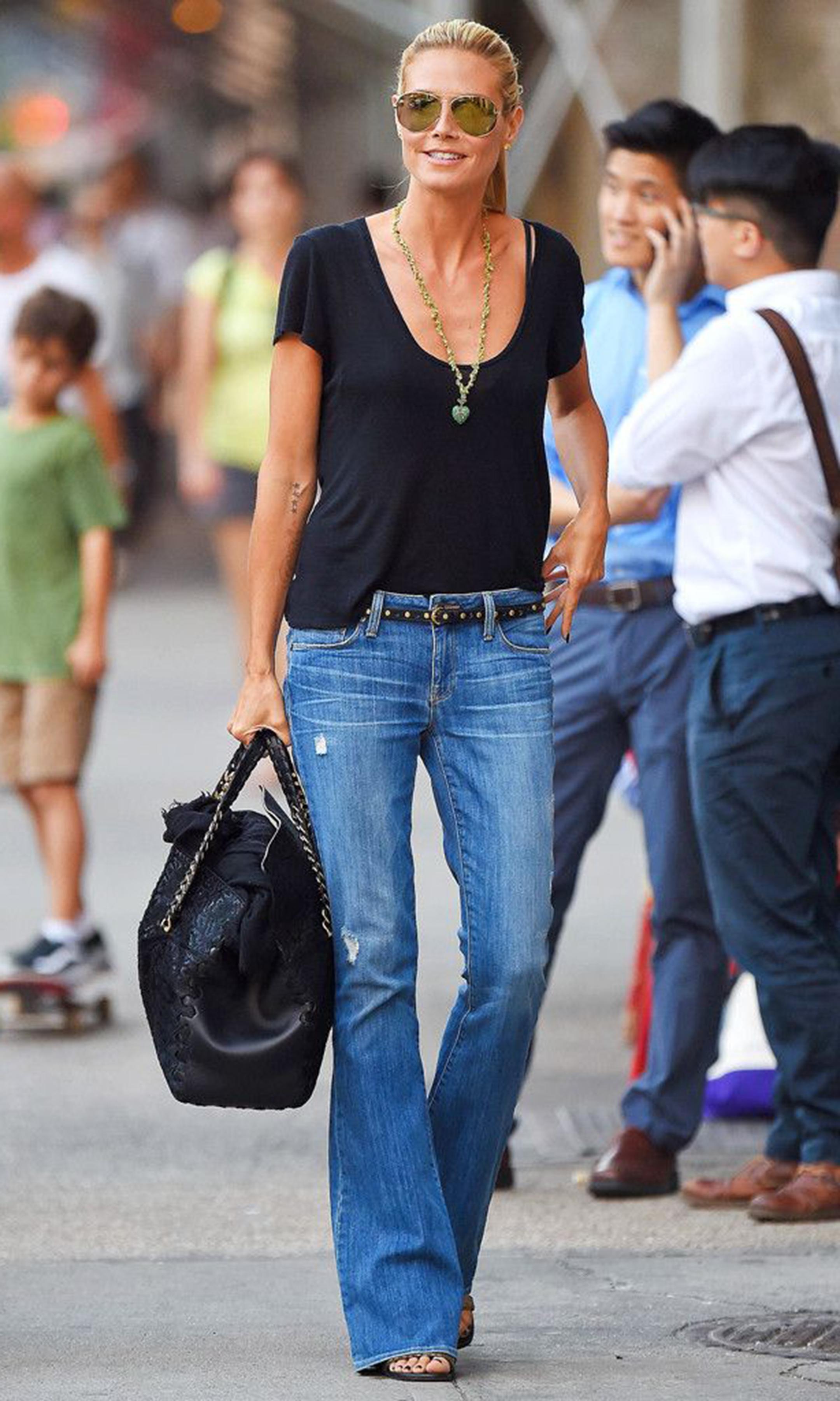 pantaloni-zampa-styleshouts-jeans-heidi-klum