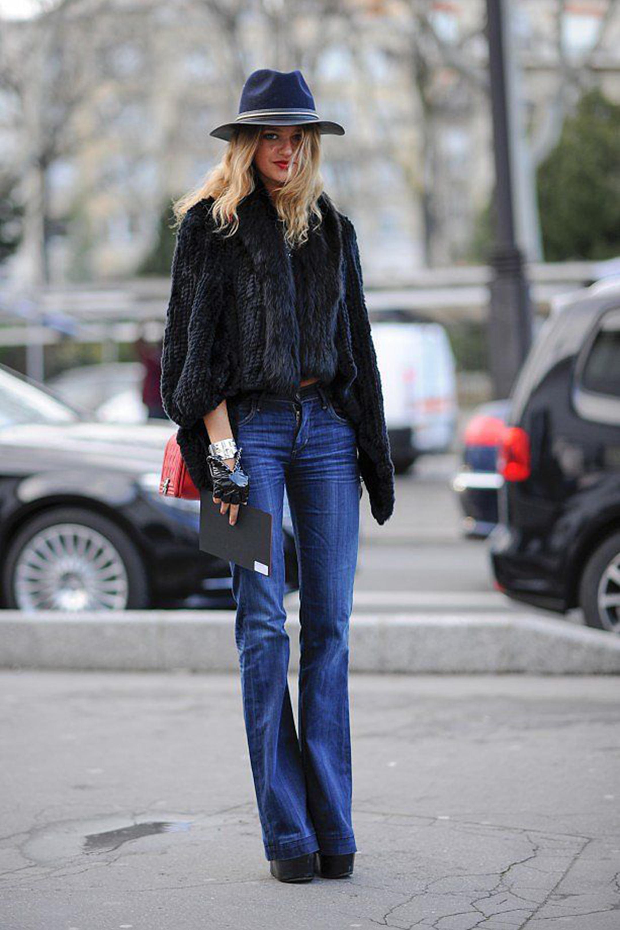 pantaloni-zampa-styleshouts-jeans