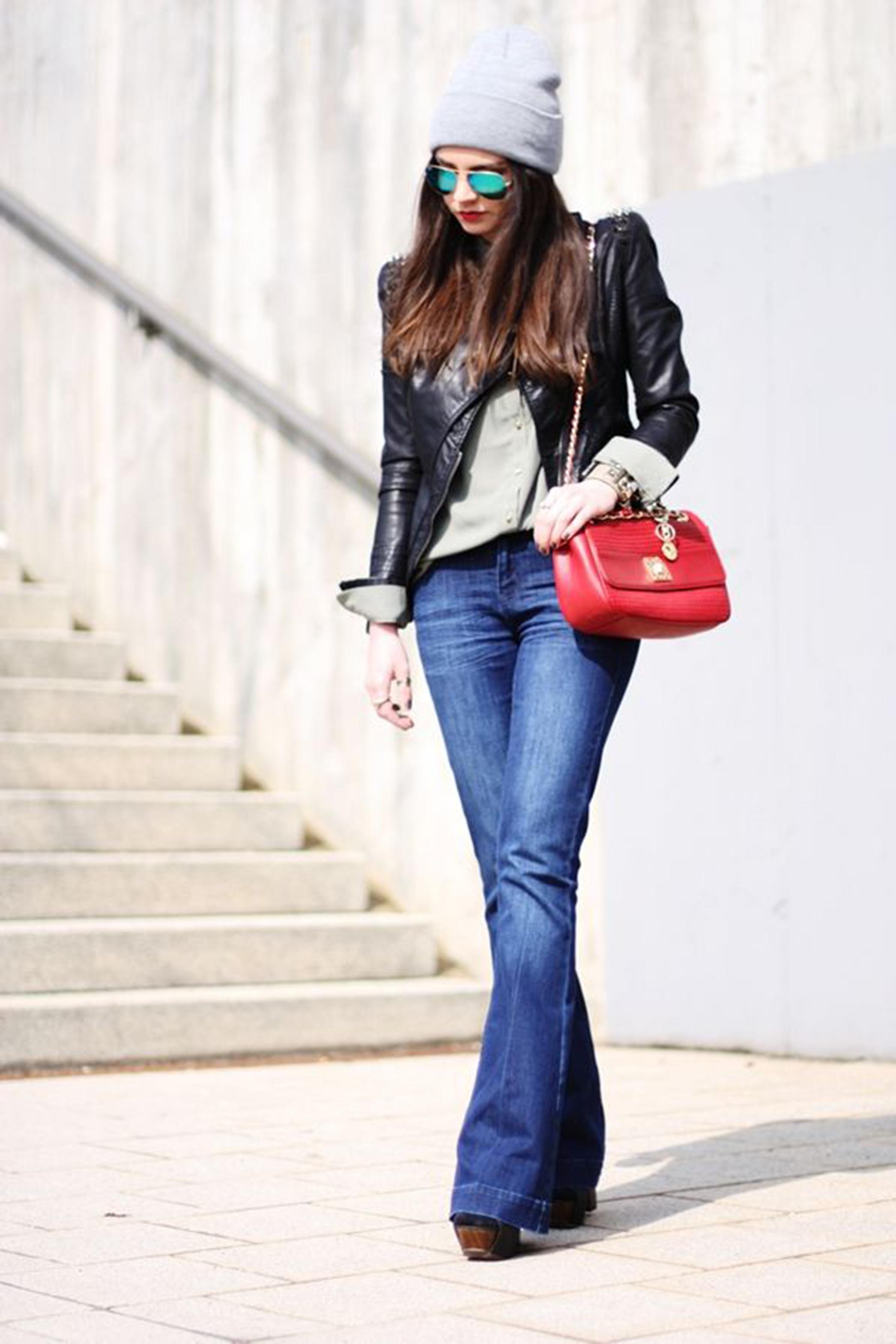 styleshouts-alessia-canella-pantaloni-zampa-waist-level-jacket