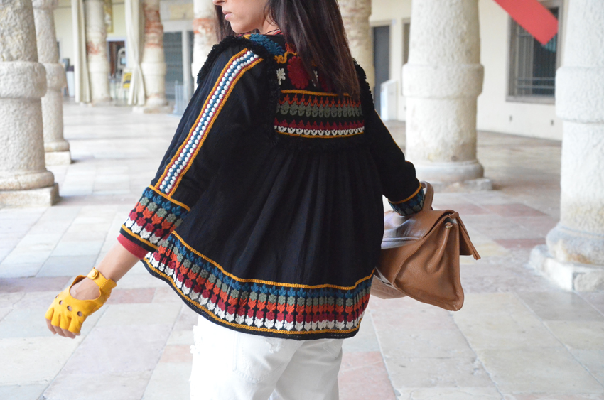 abbinare-giacca-colorata