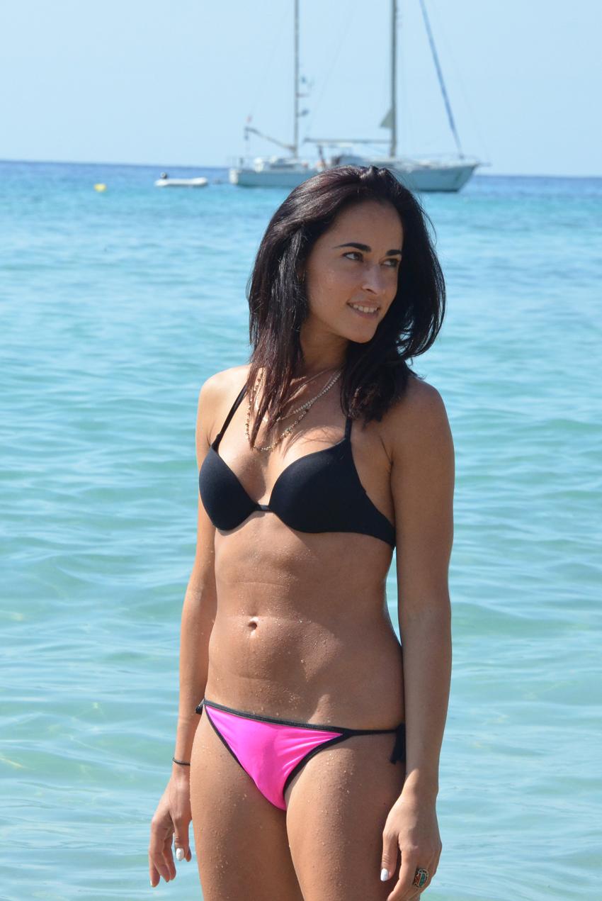 alessia-blogger-bikini-styleshouts