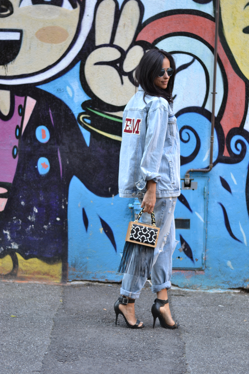look-jeans-denim-sandals-replay