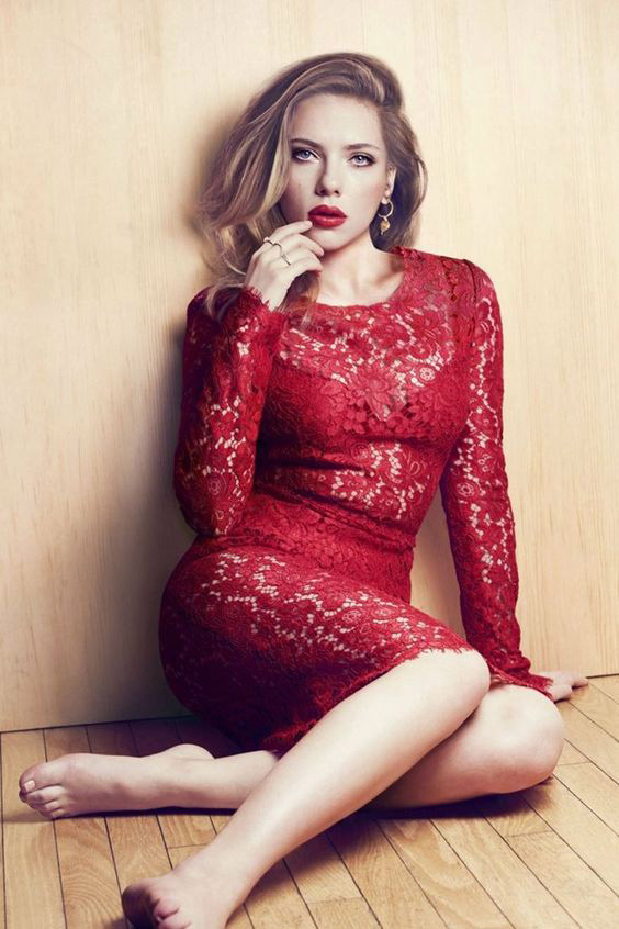 vestito-pizzo-rosso-san-valentino