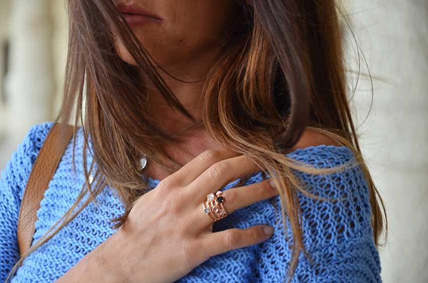 come_abbinare_maglia_azzurra