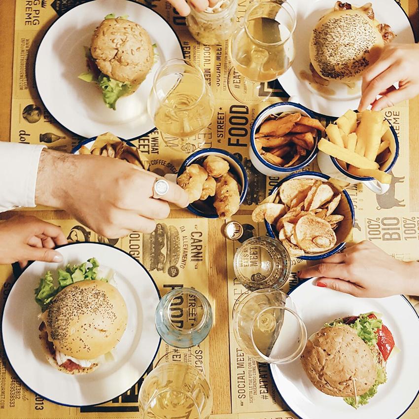meet_hamburger_gourmet_parma