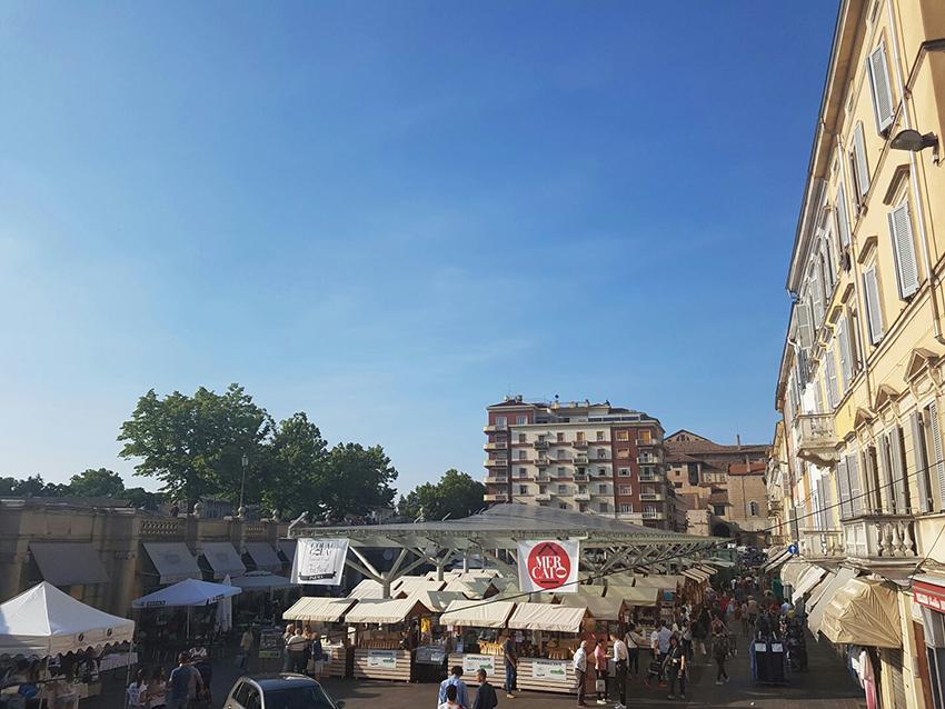 mercato_gola_gola_festival_2016