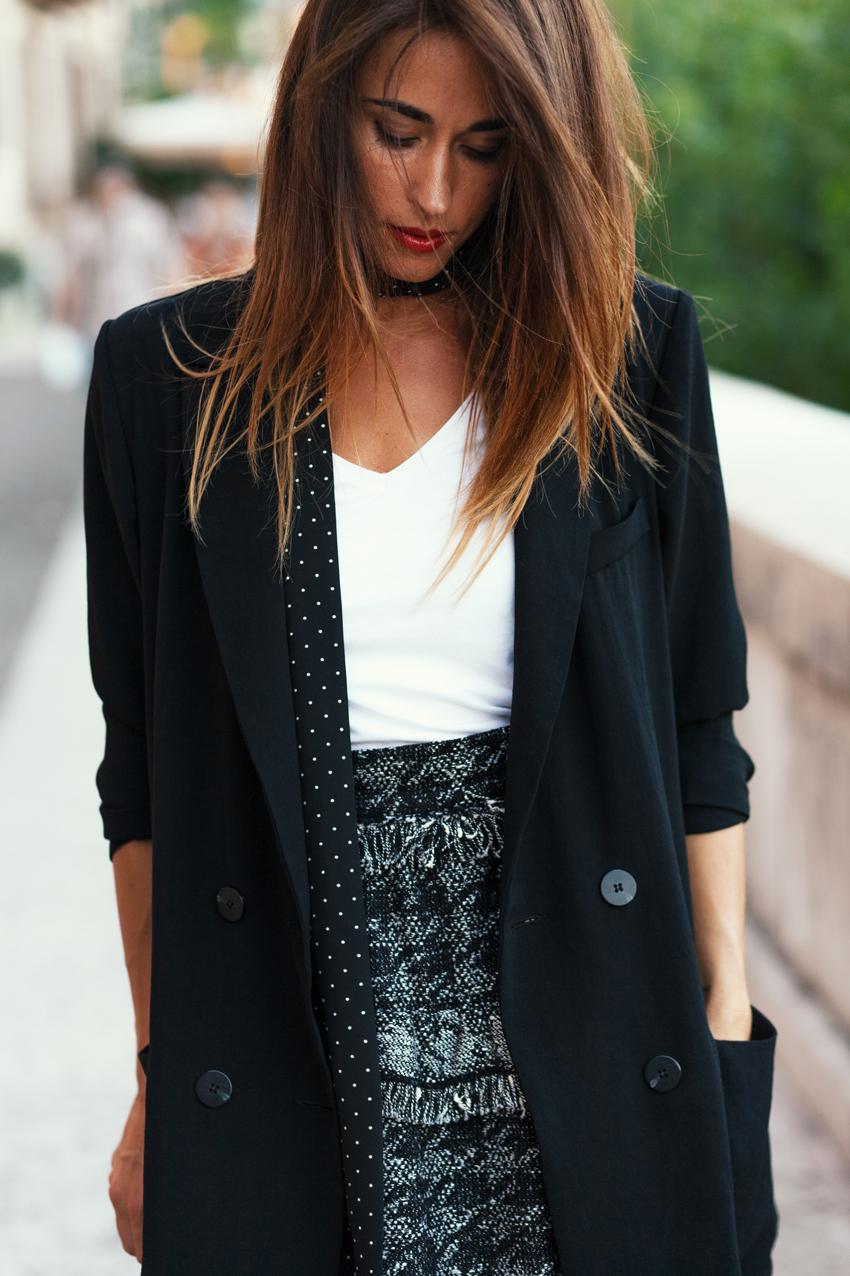 come-abbianare-giacca-nera-donna