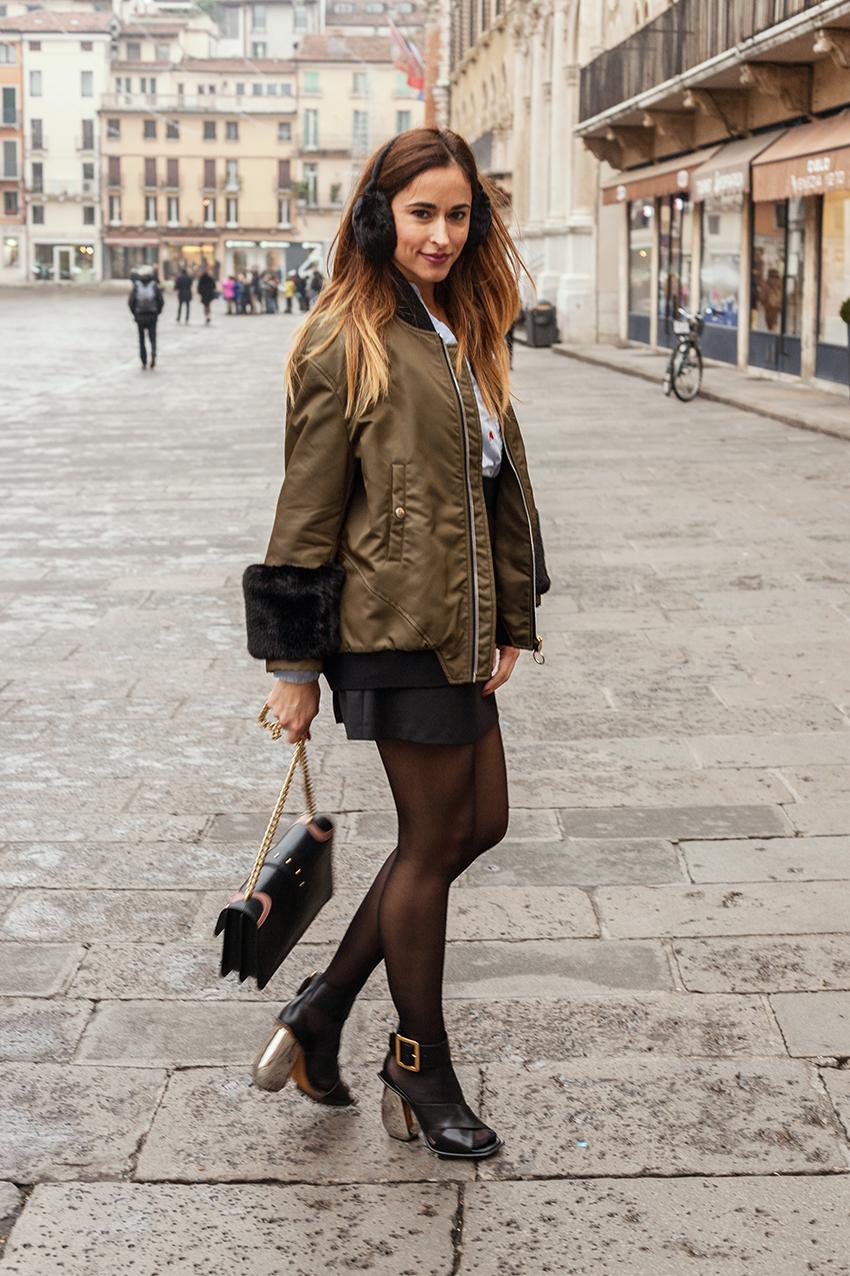 portare_calze_con_sandali_outfit