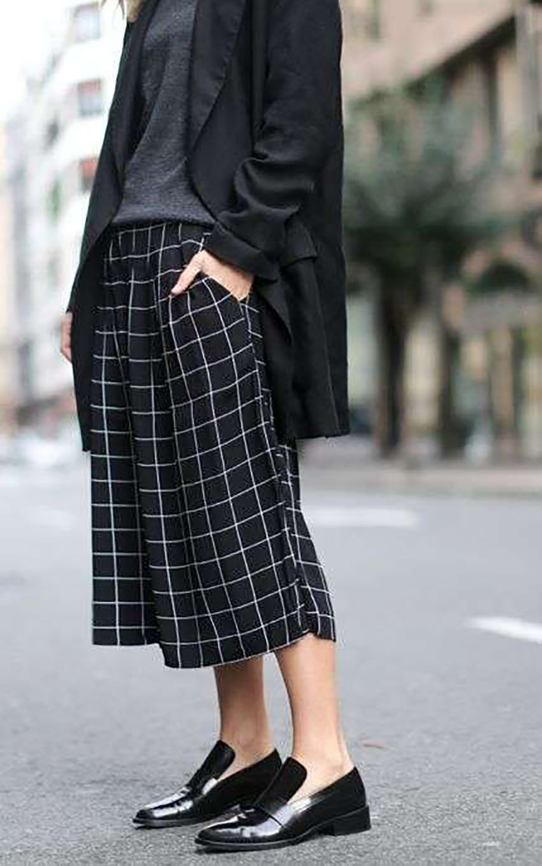 Pantaloni-culotte-con-mocassini