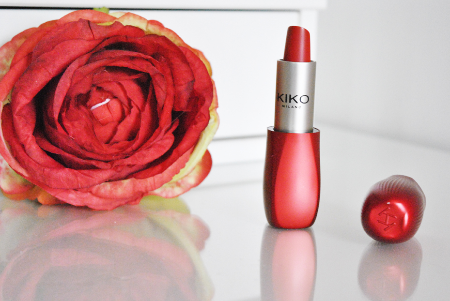 quale-rossetto-rosso-scegliere