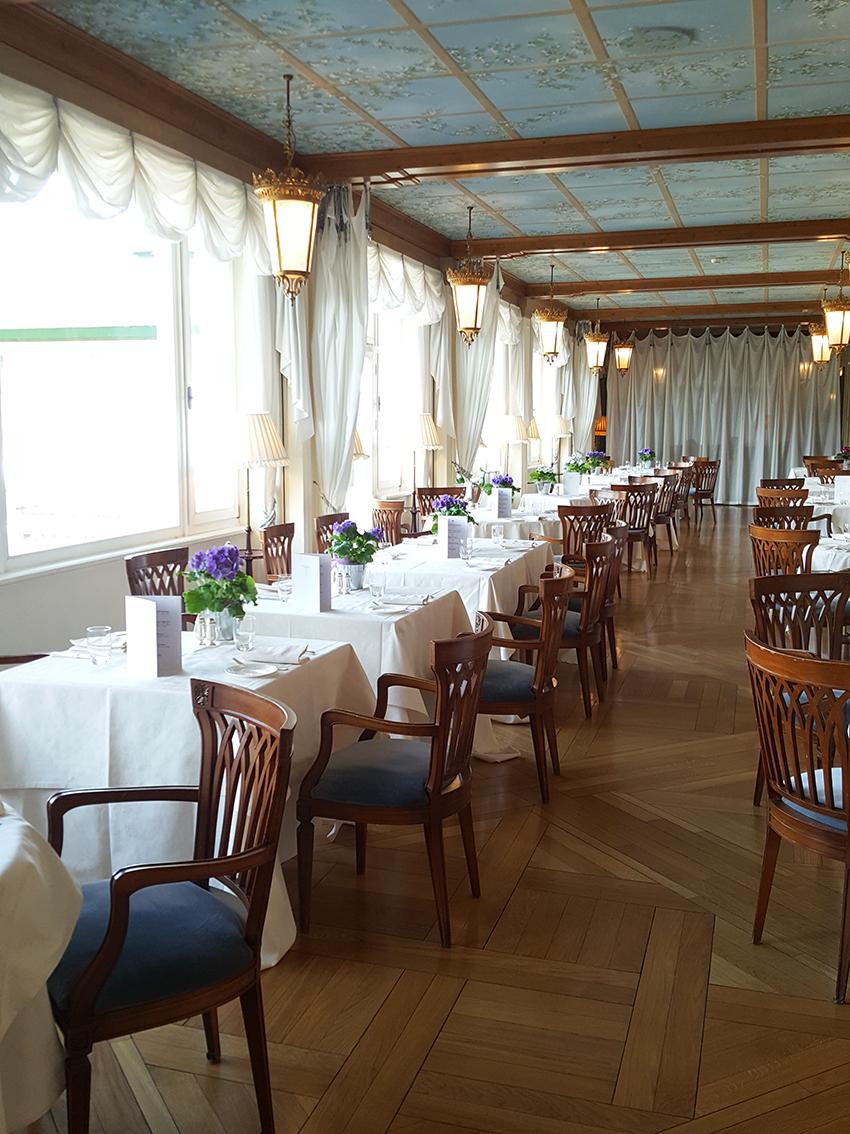 veranda_hotel_cristallo_colazione