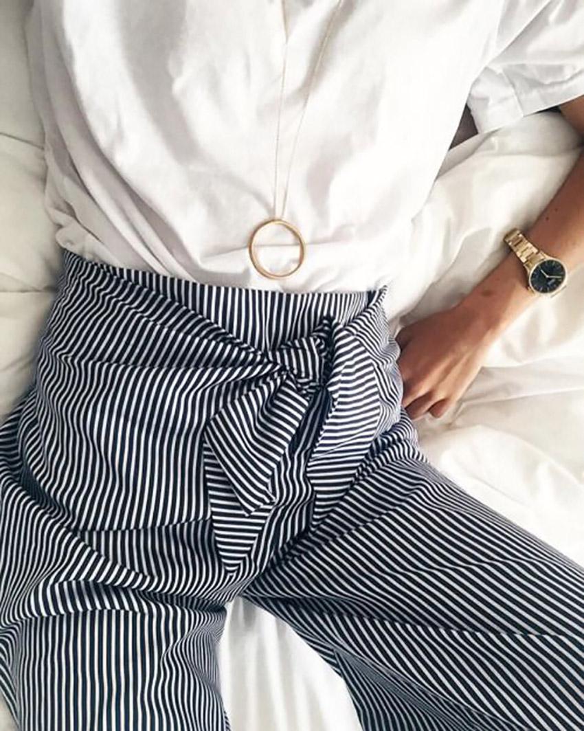 come_abbinare_pantaloni_vita_alta_righe_consigli_moda