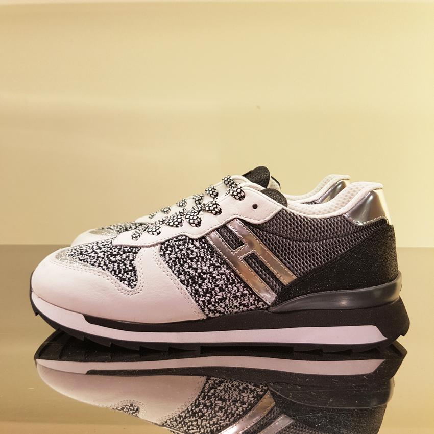 hogan sneakers prezzo