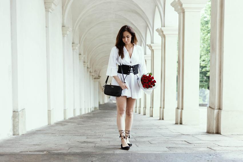look-romantico-vestito-bianco-alessia-canella-zara