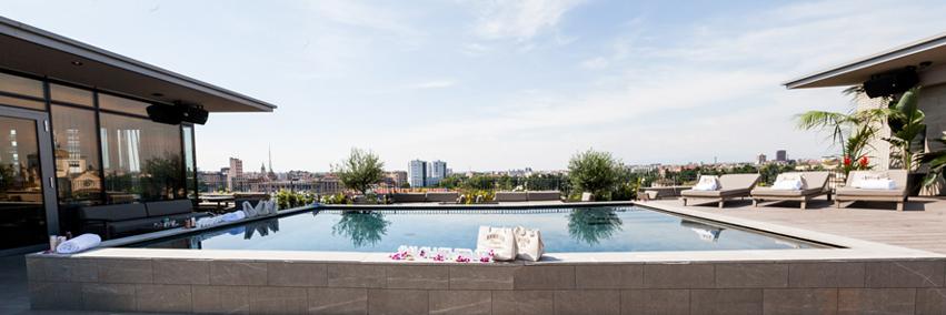 piscina-viu-milano-hotel