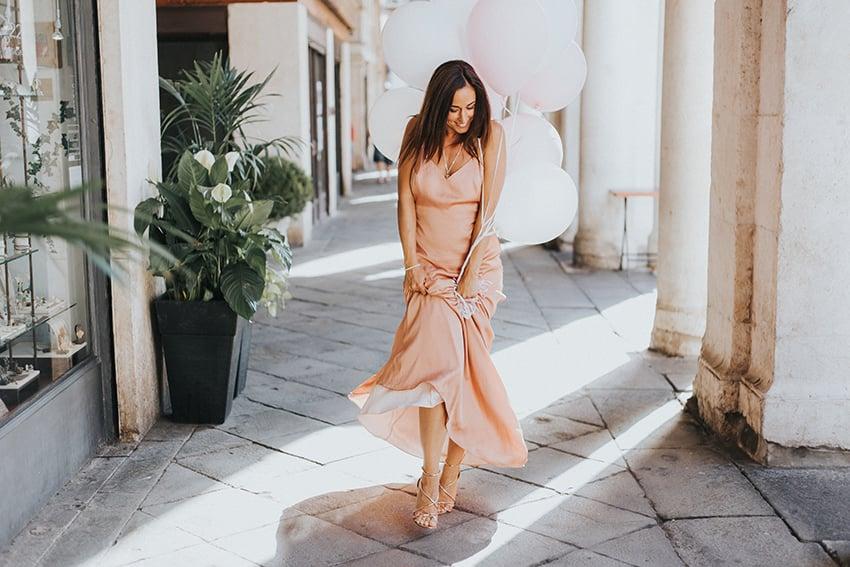 revolve_dress_alessia_canella_outfit_estate