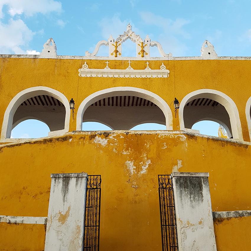 palazzo_giallo_izamal
