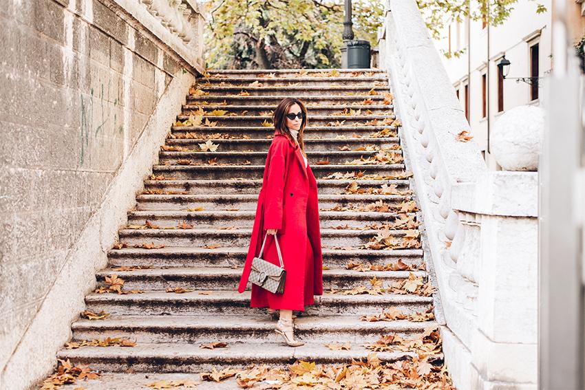 alessia-canella-borsa-gucci-come-abbinare-pantaloni-rossi
