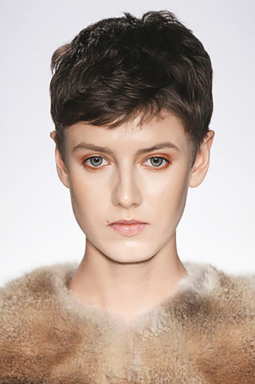 short-hair-Glamour-ultra-corto_su_vertical_dyn
