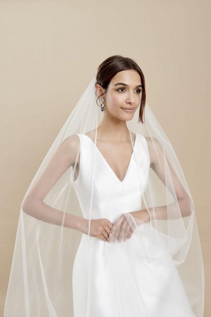 Sposa con velo da sposa